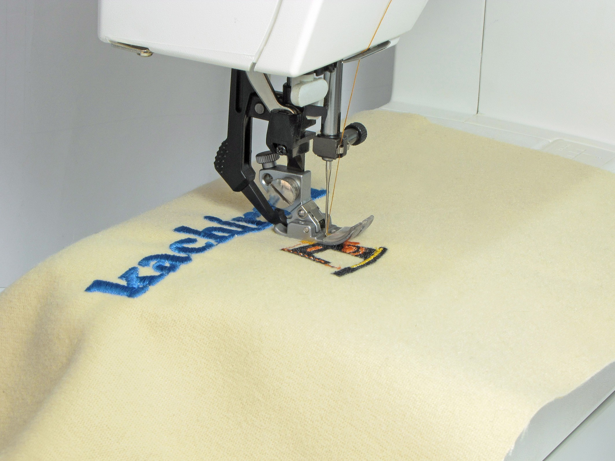 How to choose the right sewing machine?کاچیران -